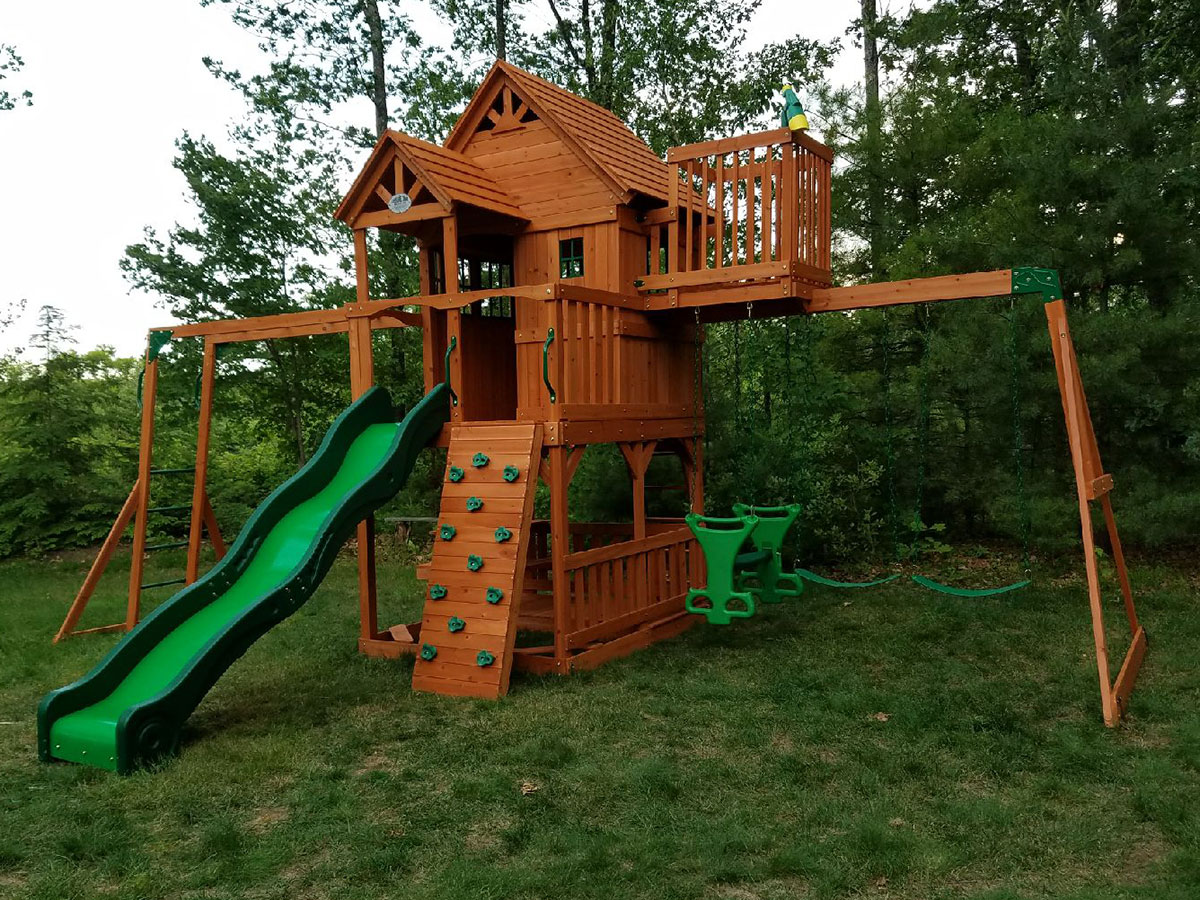 New England Playset Embly