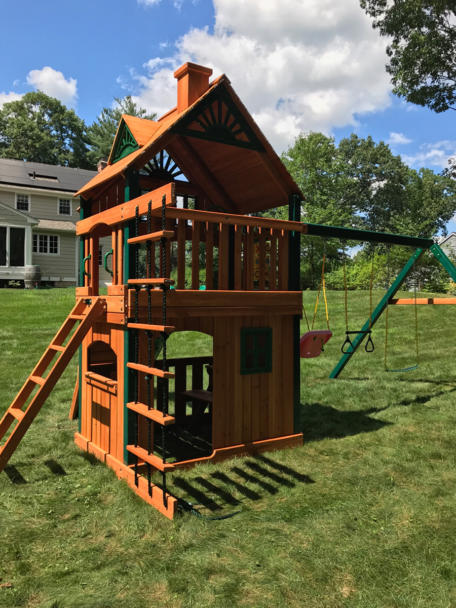 Gorilla Chateau Clubhouse Treehouse Playset
