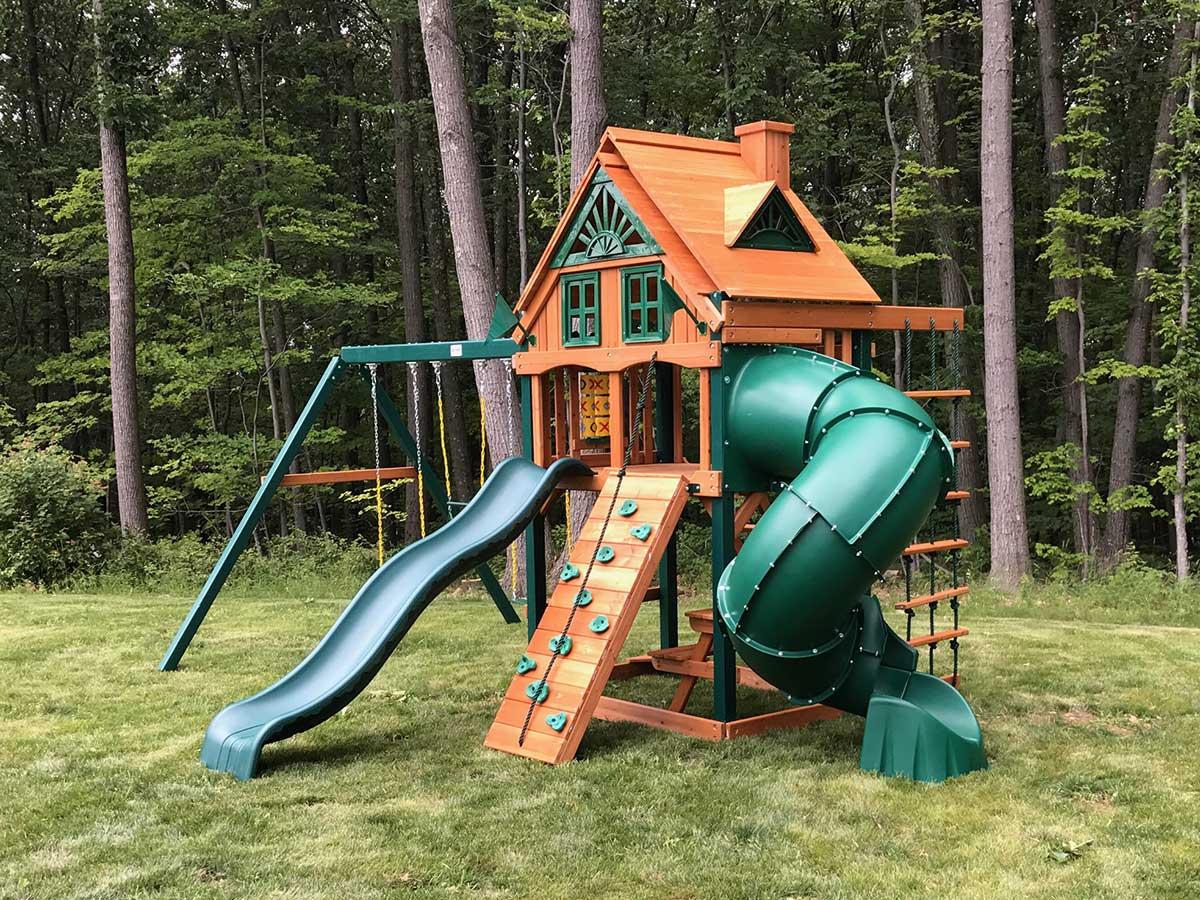 Gorilla Mountaineer Treehouse Swing Set