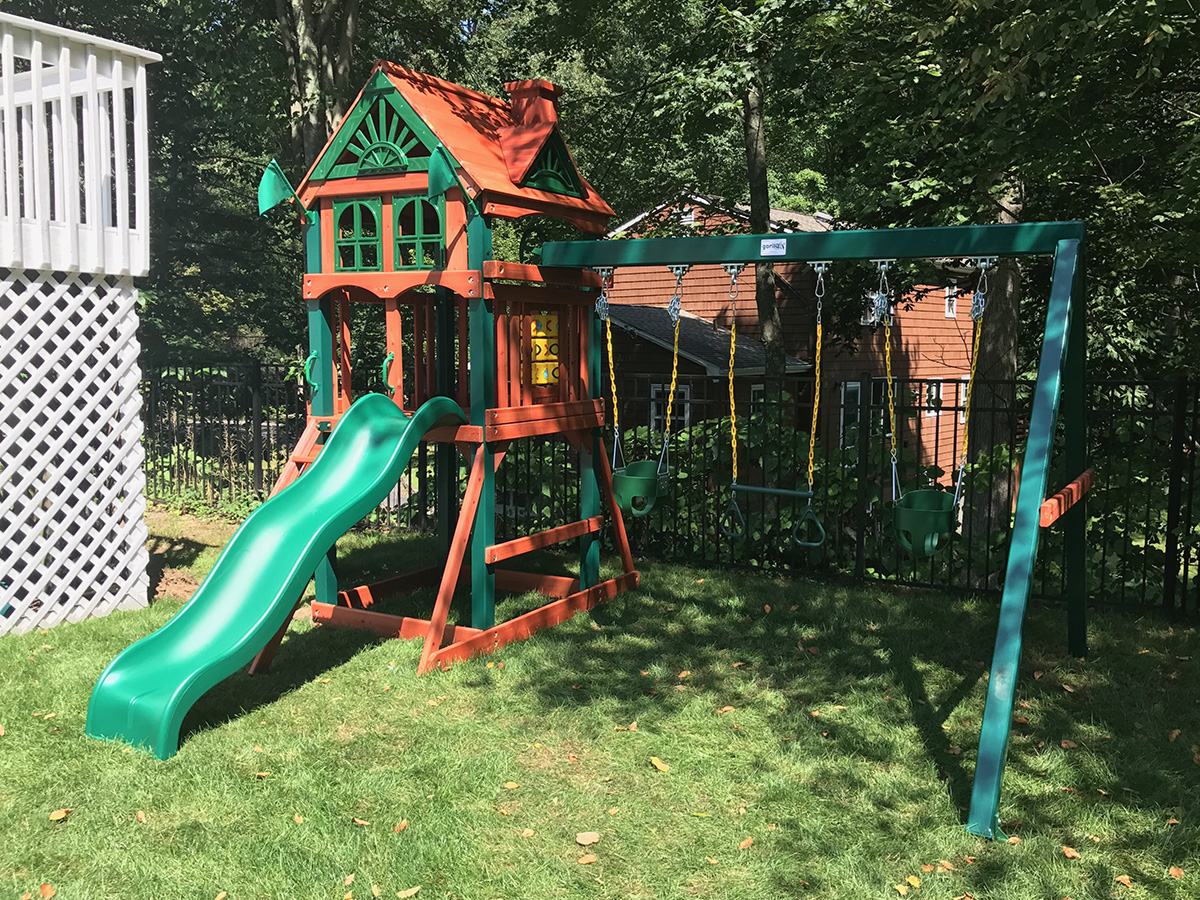 Gorilla Five Star Playset Assembly in Stamford, CT