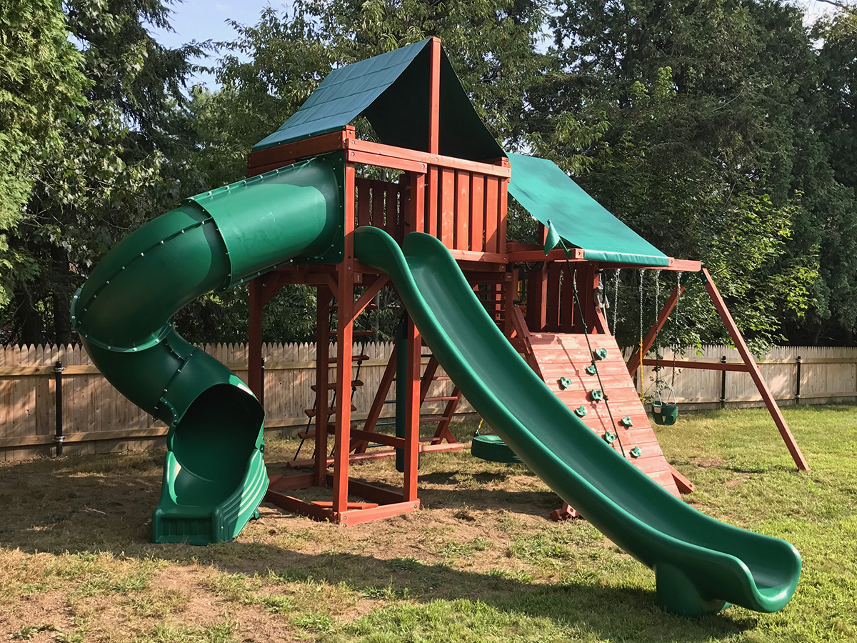 Gorilla Sun Valley Deluxe Playset Assembly in Grafton, MA