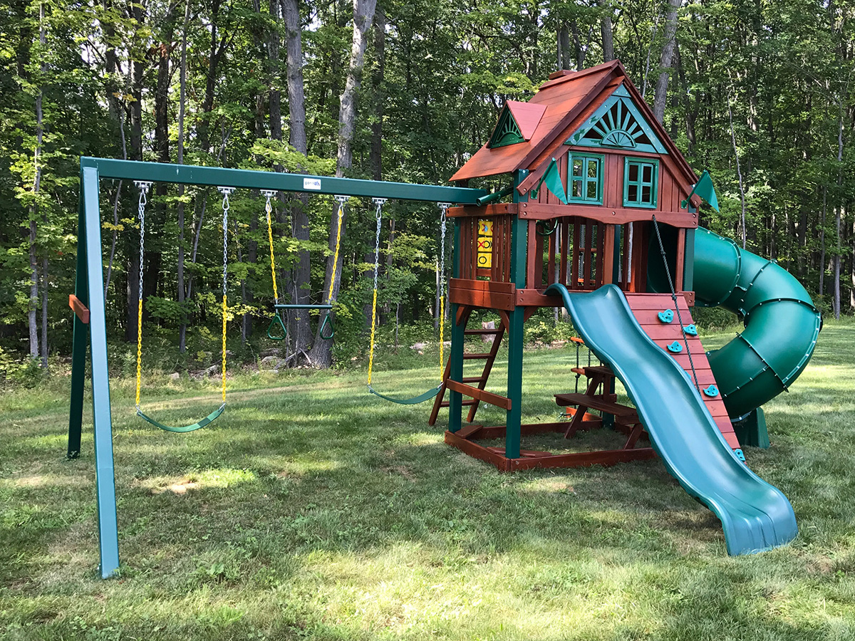 Playset Sealing in Canton, CT